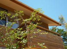 木のバルコニー(ウッドロング)